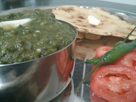 Sarson ka saag makai ki roti whitbits indian kitchen sarson ka saag the indian state of punjab can certainly claim some of the yummiest indian food in the country need examples how about dal makhani rajma forumfinder Choice Image